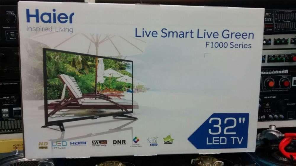 """Tv Led 32"""" novos na caixa."""