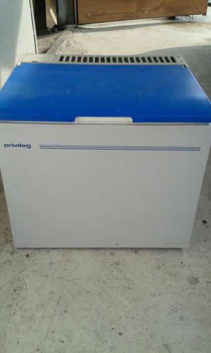 Lada frigider auto/rulota /camper cu compresor 12/24v