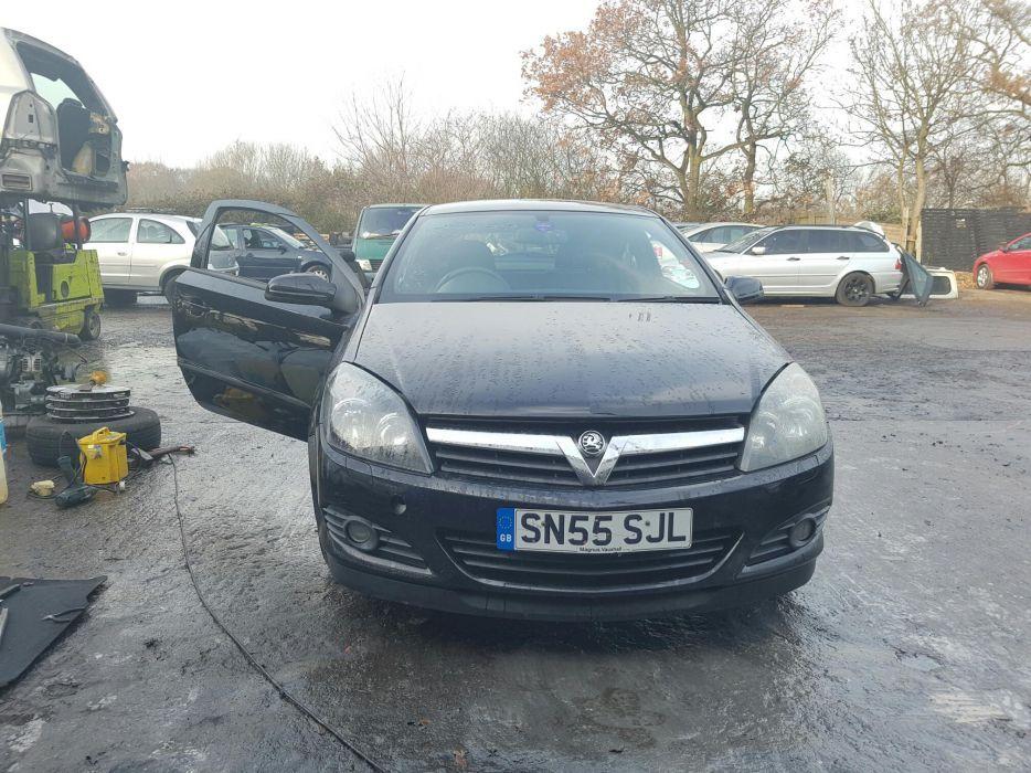 Dezmembrez Opel Astra H GTC z14xep