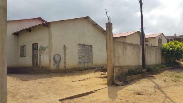 Vende se casa em Cabinda