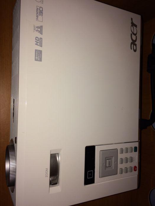 Videoproiector 3D Acer H5360BD HD720p
