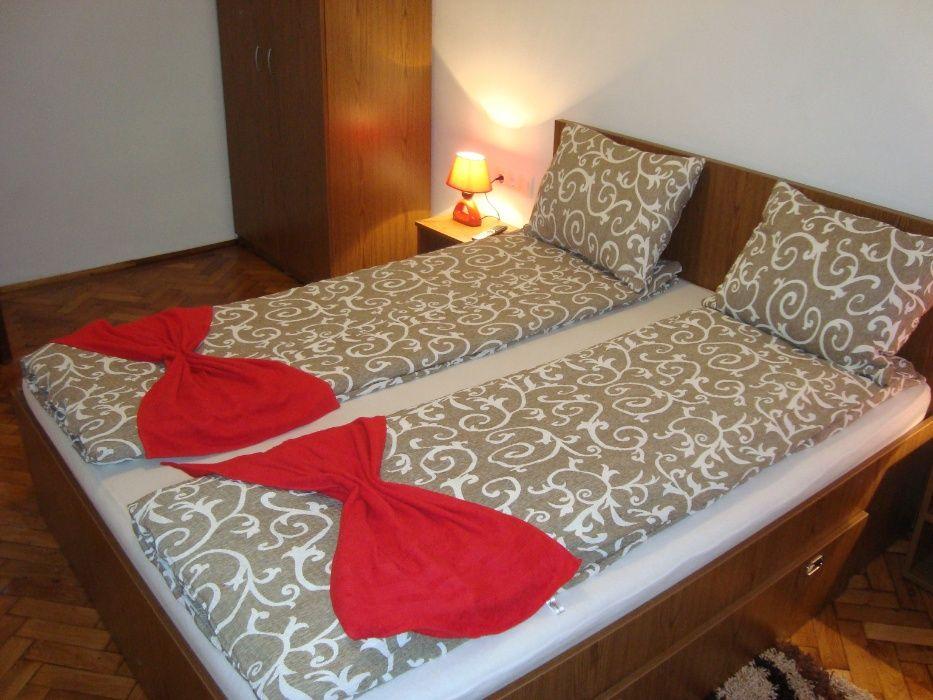 Apartament Miruna, zona ultracentrala,2 dormitoare+living cu bucatarie