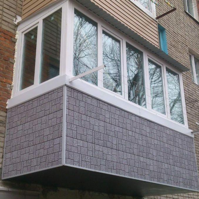 Пластиковые окна и балконные витражи