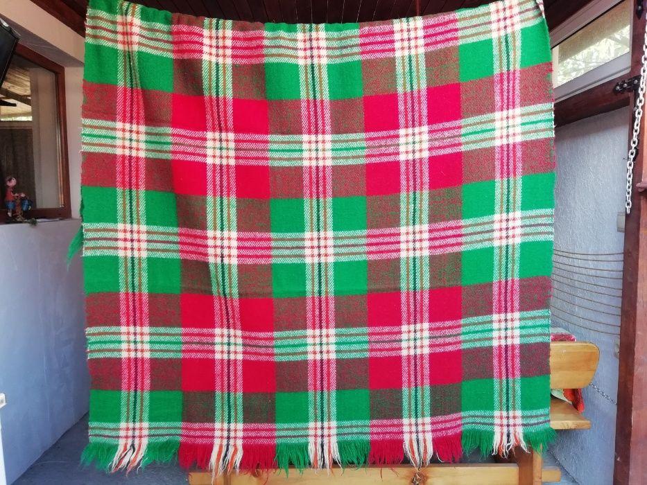 Родопско одеяло 100% вълна, ръчно такани