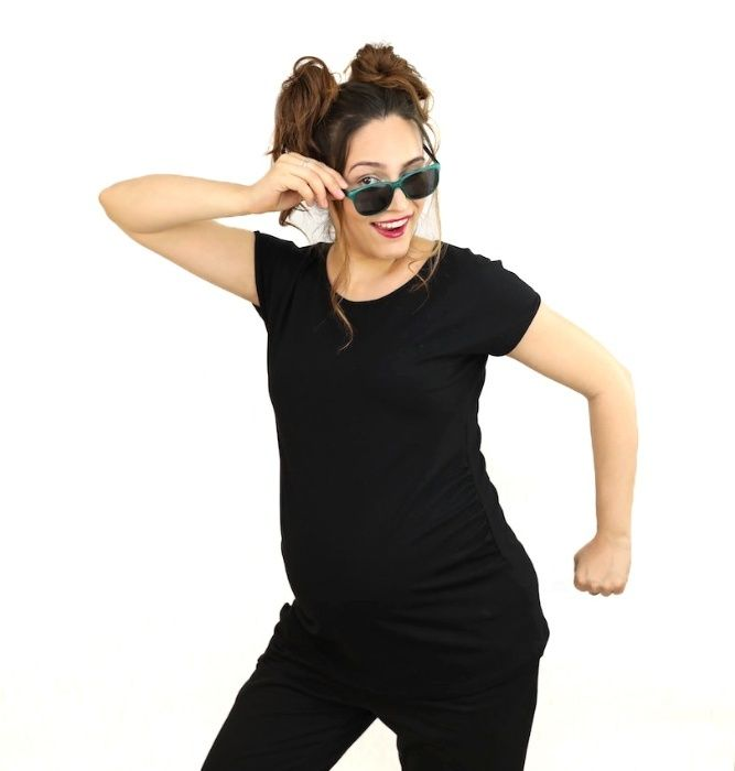 Tricou negru pentru gravide