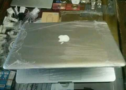 Macbook pro novo a venda