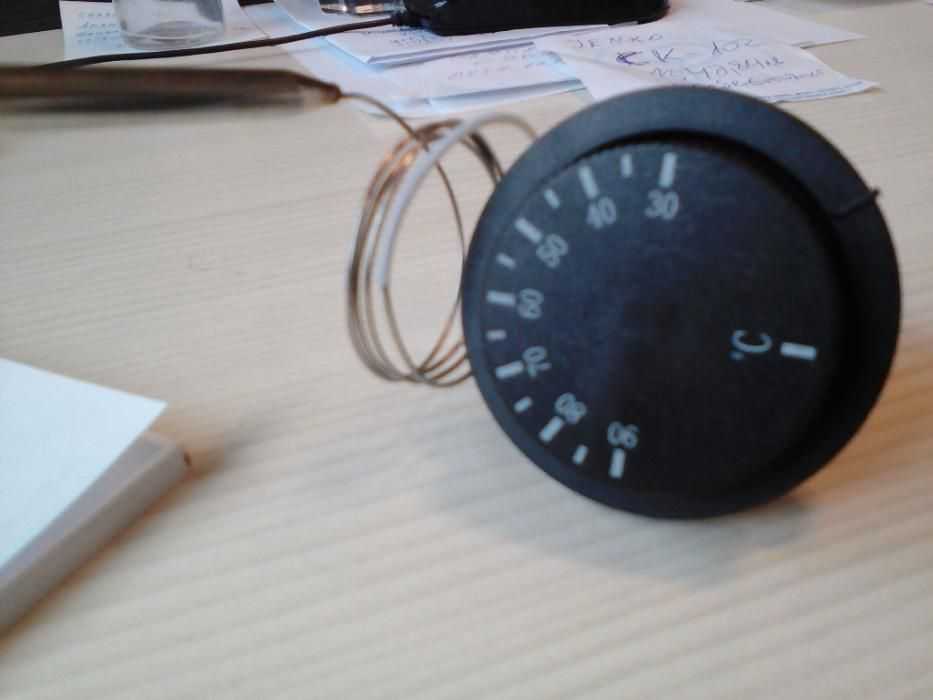 Термостат с капачка и копче WJC-90