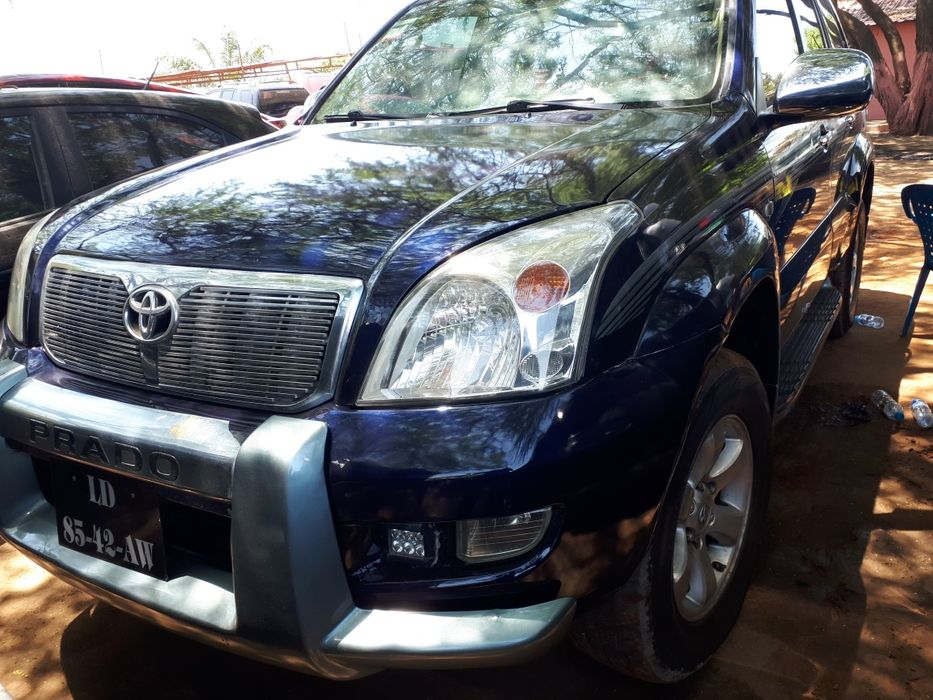 Vendo Prado Land Cruiser GX