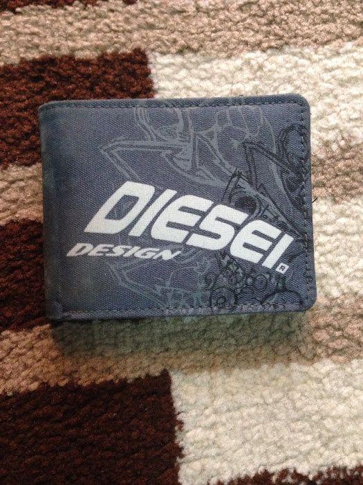 Portofel Diesel și huse pentru IPhone 5 !!!