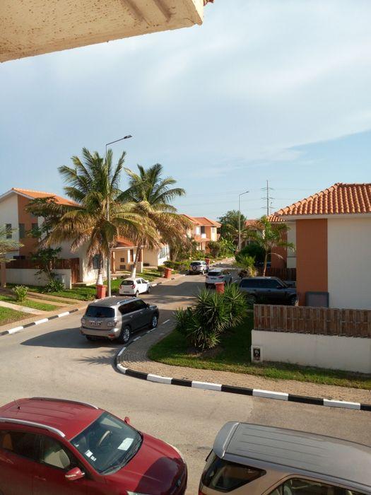 Arrendamos Vivenda T3 Condomínio Vila Sol de Talatona