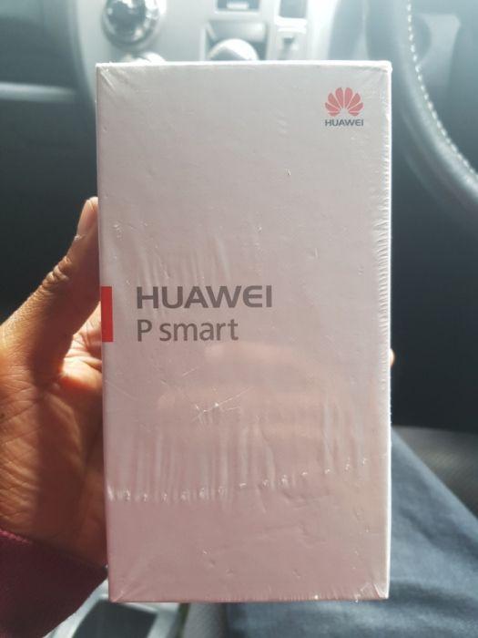 Huawei PSmart na Caixa
