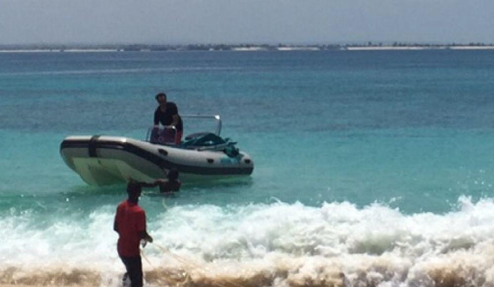 Barco Semi - Rigido 115 HP