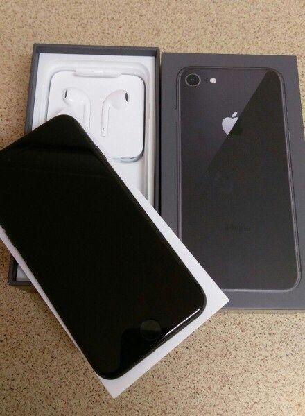 iPhone 8 64GB novo na caixa selado