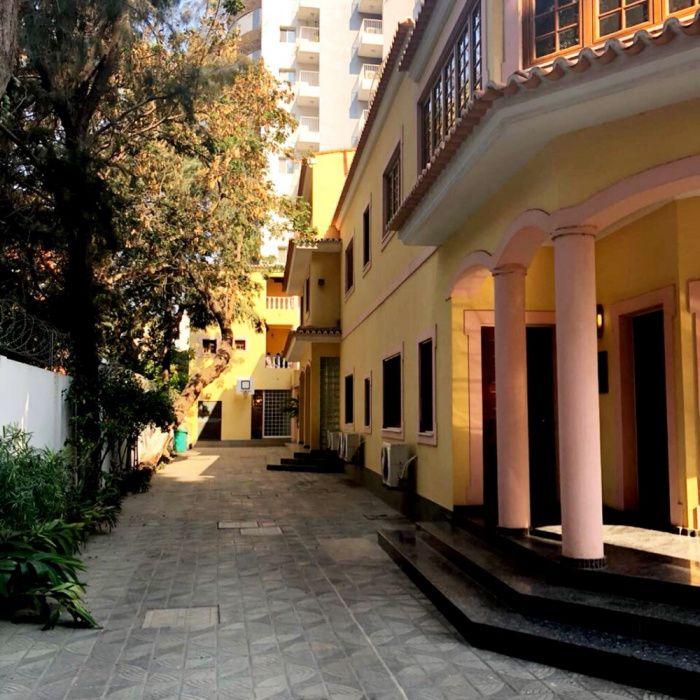 Arrendamos Vivenda Bairro Miramar Centro de Luanda
