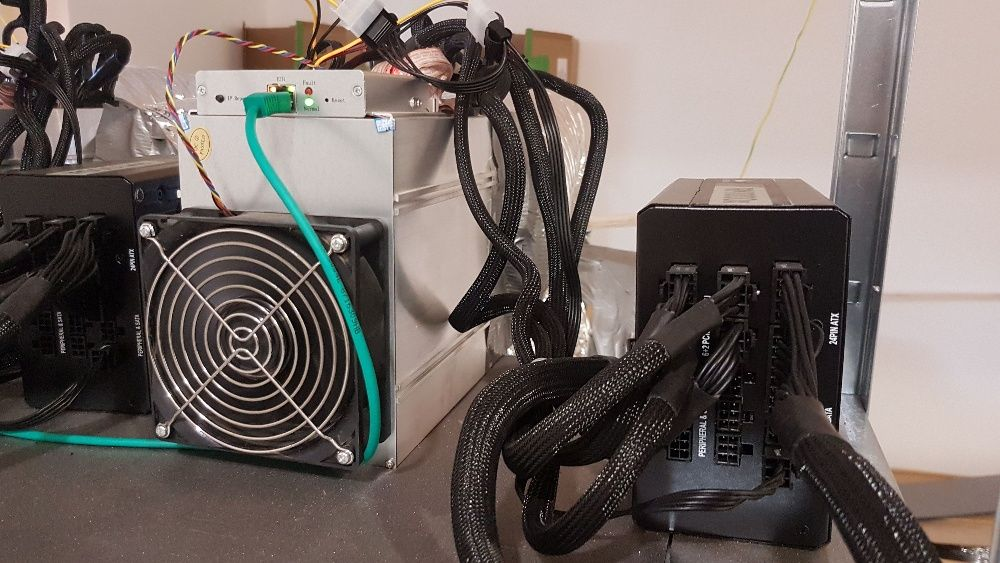 Bitmain Antminer X3 ASIC + Sursa, 234KH/s Cryptonight