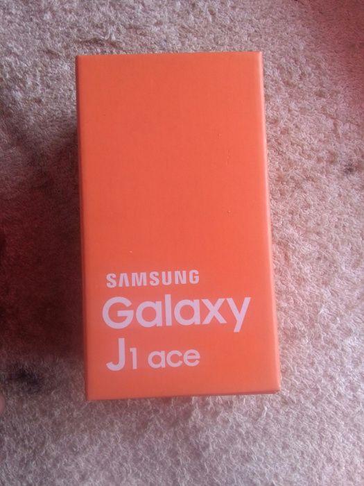 Samsung galáx j1 ace