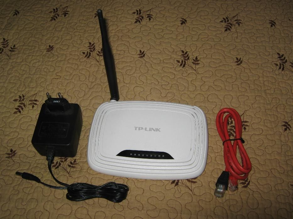 Router wireless N TP-Link TL-WR740N accesorii incluse