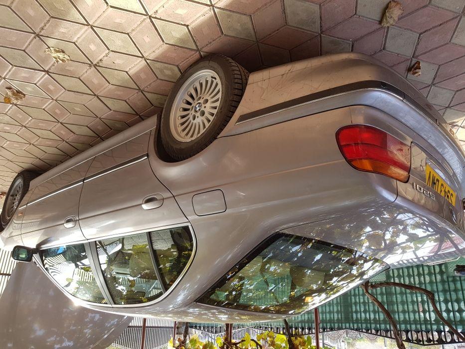 Dezmembrez , vând BMW E39 seria 5 , 520i