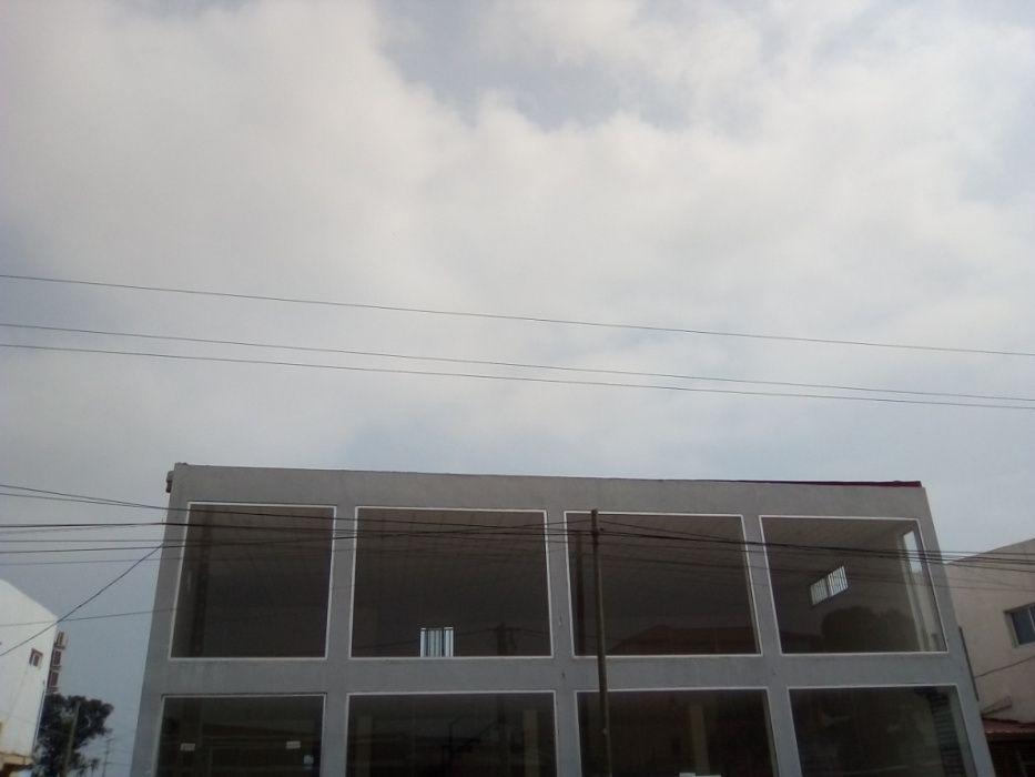 Arrenda-se Loja 320 m2 - Kikagil