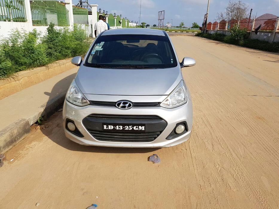 Vende-se esta Viatura de marca Hyundai modelo Grande i10 1.2