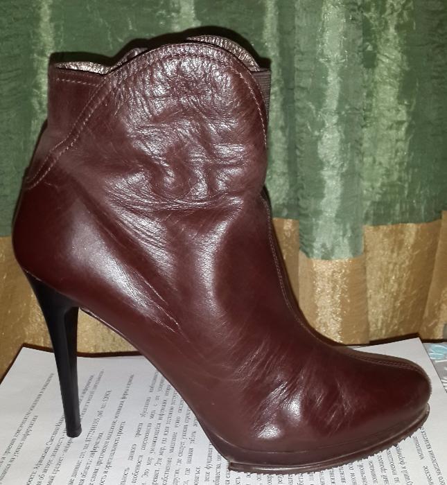 Ботинки женские демисезонные 40-41 размер