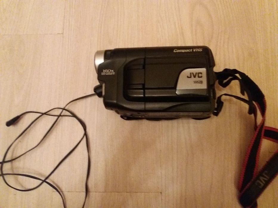 JVC- камера-100лв. перфектна