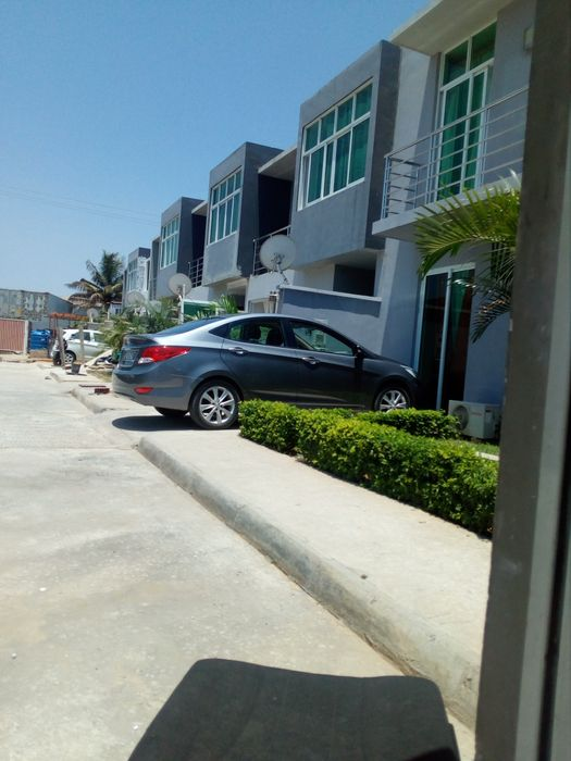 Aluguer de casa no futungo