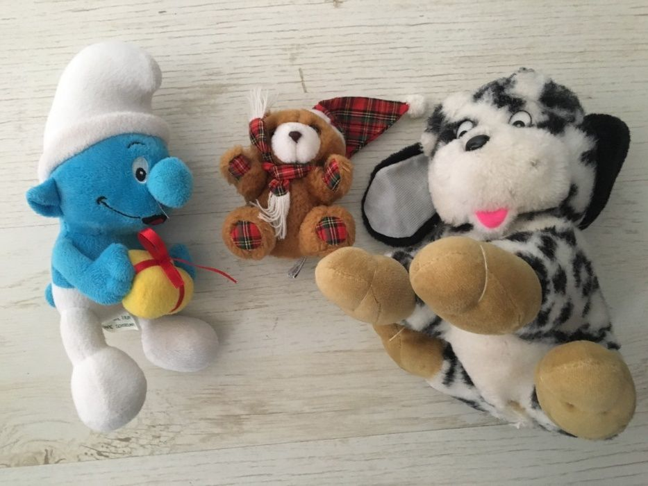 2 Плюшени играчки - куче, мече