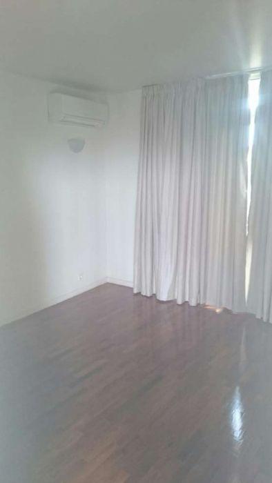 Vendo boa Flat T3 c/ 2wc,1*andar, c/ parqueamento no Alto-Maé(Belita)