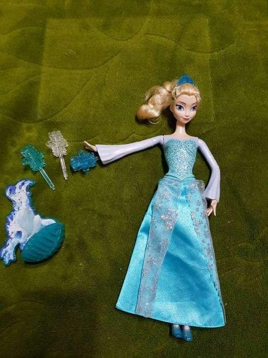 Păpușă Elsa