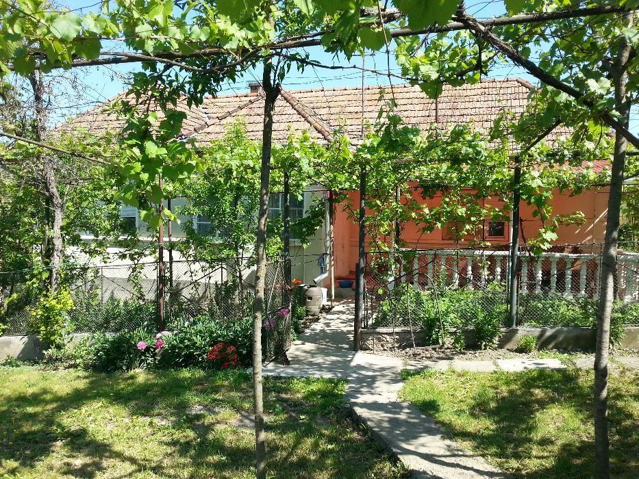 De Vanzare casa cu 3 camere in Grebenisu de Campie