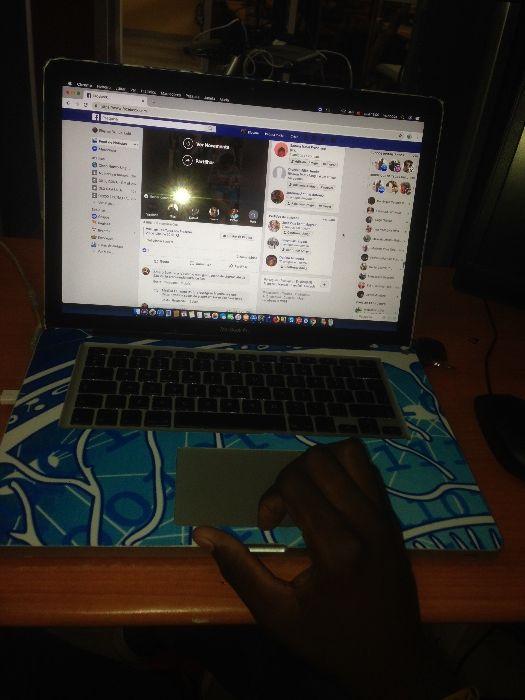 Vendo o meu MacBookpro 120mil kz, negociável