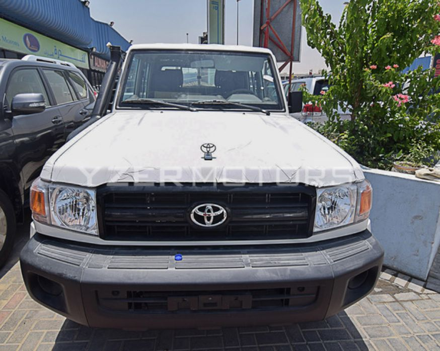 Toyota Land Cruiser V6