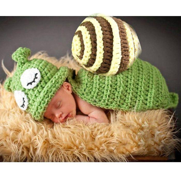 Costum crosetat bebelusi melc- sedinte foto botez