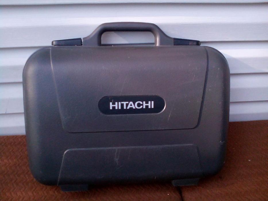 Фирменный кейс-чемодан для видеокамеры HITACHI