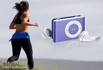 Mp3 player + cablu usb + casti model nou