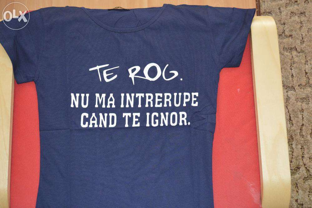 Vand tricouri perfecte pentru fetele care vor sa transmita un mesaj
