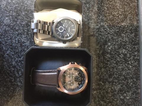 Vende-se Relógios