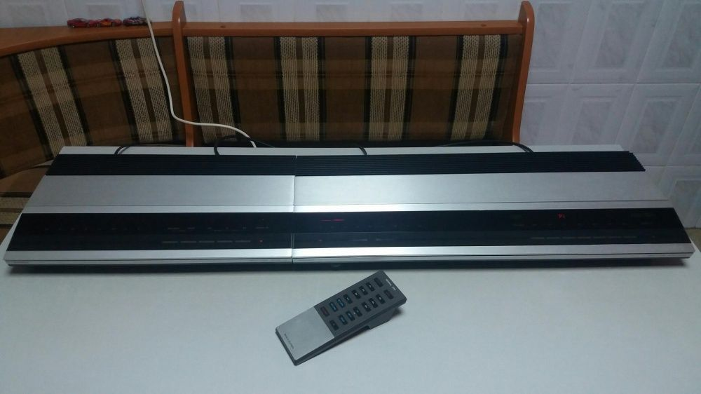 VINTAGE sistem statie amplituner linie Bang & Olufsen cu telecomanda