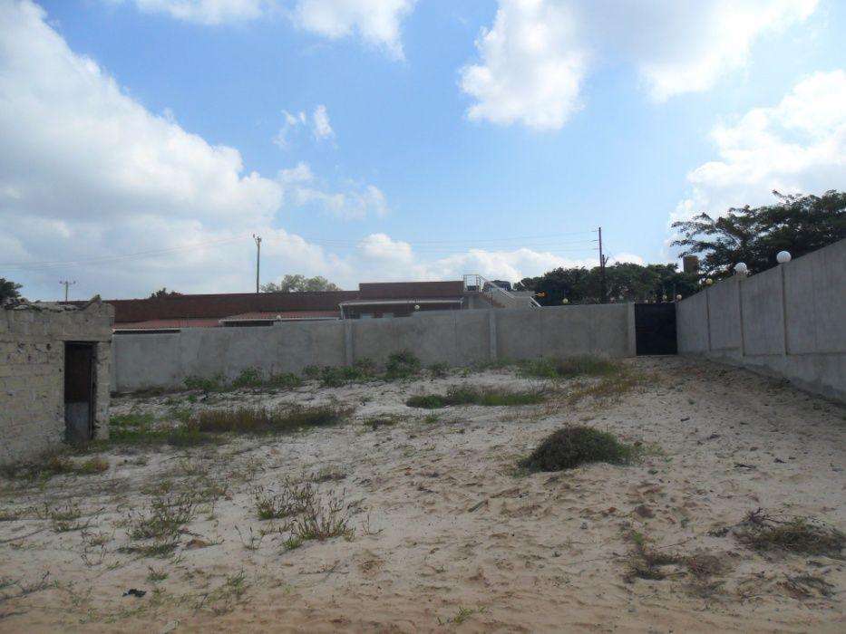 vende-se casa de acomodacao em maracuene perto da entrada da facim Bairro Central - imagem 1