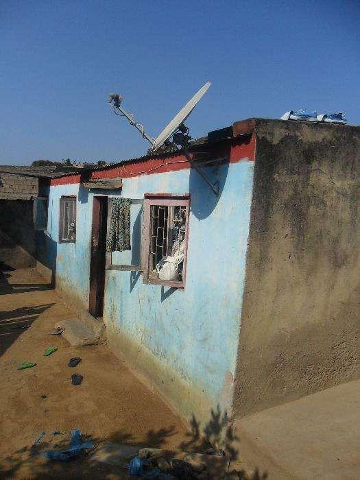 vende-se casa no bairro patrice Lumumba Bairro Central - imagem 3