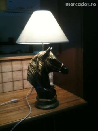 Veioza/lampa cap de cal