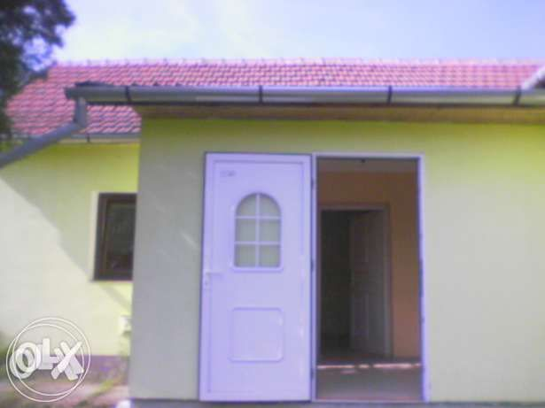 Vand sau schimb casa renovata in Ui Salonta la 15min de AquaPark