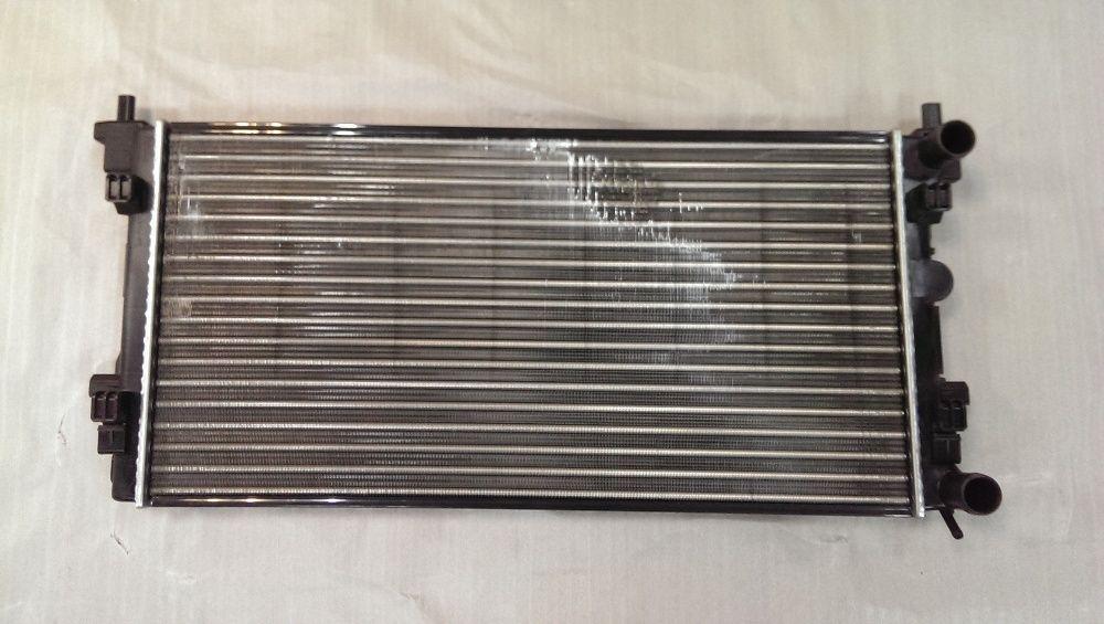 Радиатор охлаждения двигателя Шкода Рапид (Skoda Rapid)