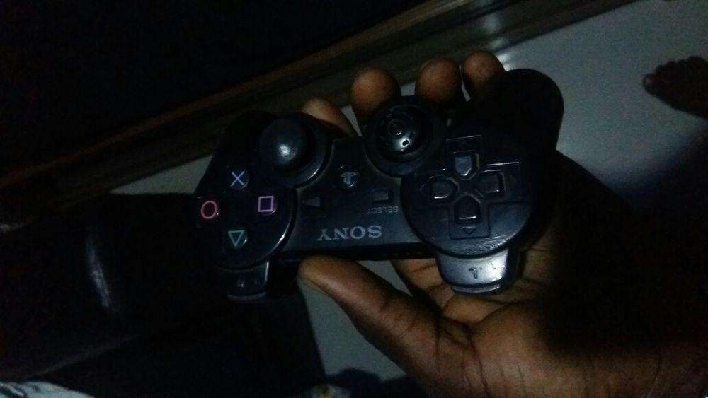 Vendo comando da Playstation 3 em condições