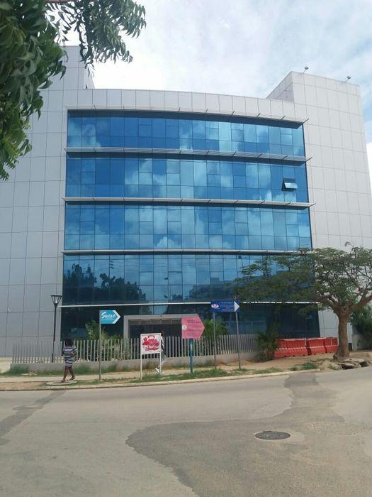 Edifício no Talatona 7 pisos