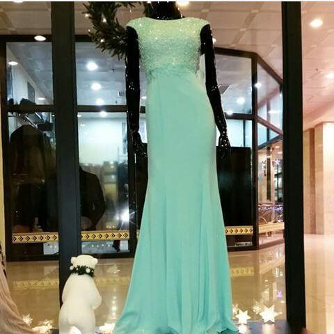 Продам оооооочень красивое платье