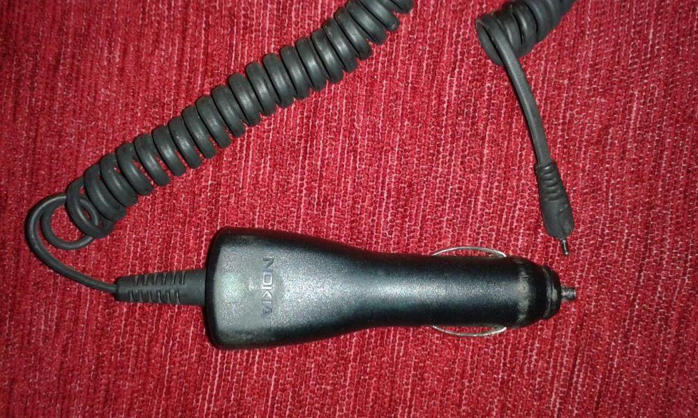 Încărcător Nokia de maşină
