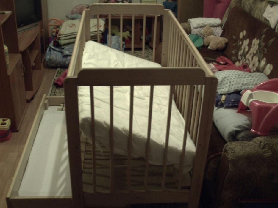 Vând pătuţ copil nou născut foarte puţin folosit cu ambalajul original