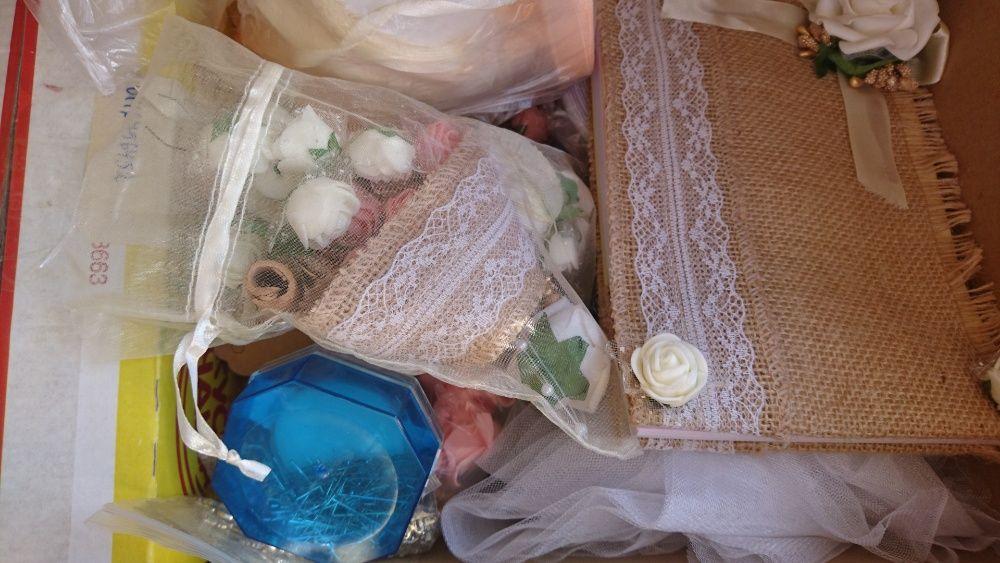 Булченски аксесоари цвят екрю възглавнички за халки, украшения, вази